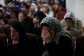California Muslims sue over hijab discrimination