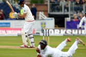 Cook misses out but England press on against Sri Lanka