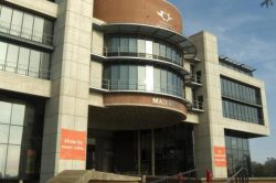 Live report: Lectures continue at UJ