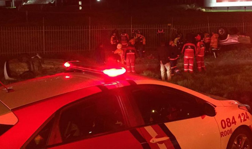 Six people were injured when a car and a bakkie collided on the N1 north after the Buccleuch interchange in Johannesburg on Friday night. Photo: ER24