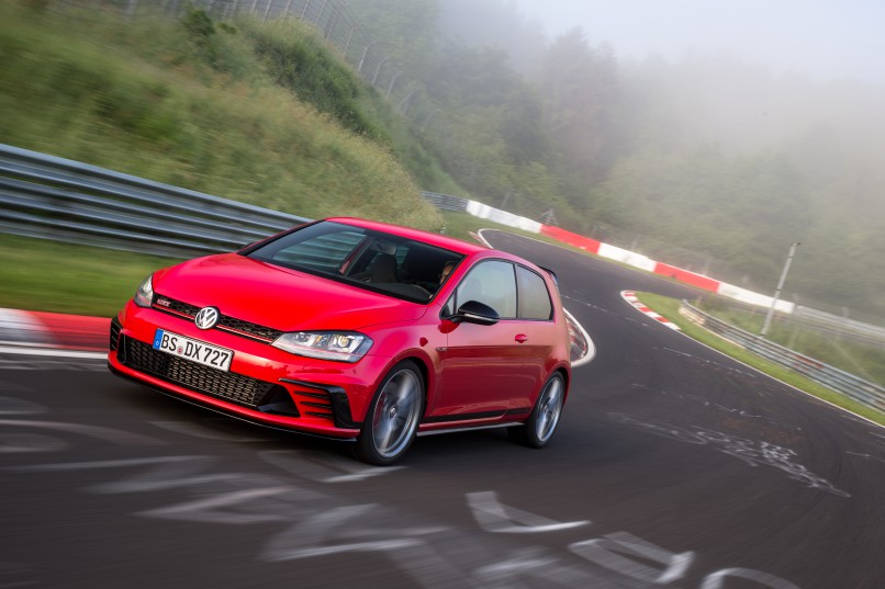 VW's new Clubsport S attacks the Nürburgring in Germany