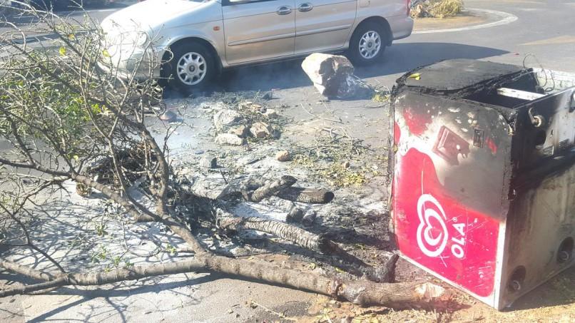 Rubble blocks roads amid protest-torn Tshwane. Photo: ANA