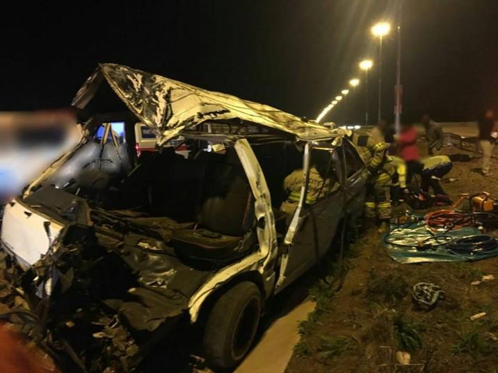 Crash scene: Picture: Rekord East