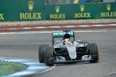 F1 races to up digital space