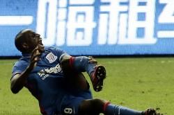 Demba Ba's Shanghai derby leg-break 'could end career'