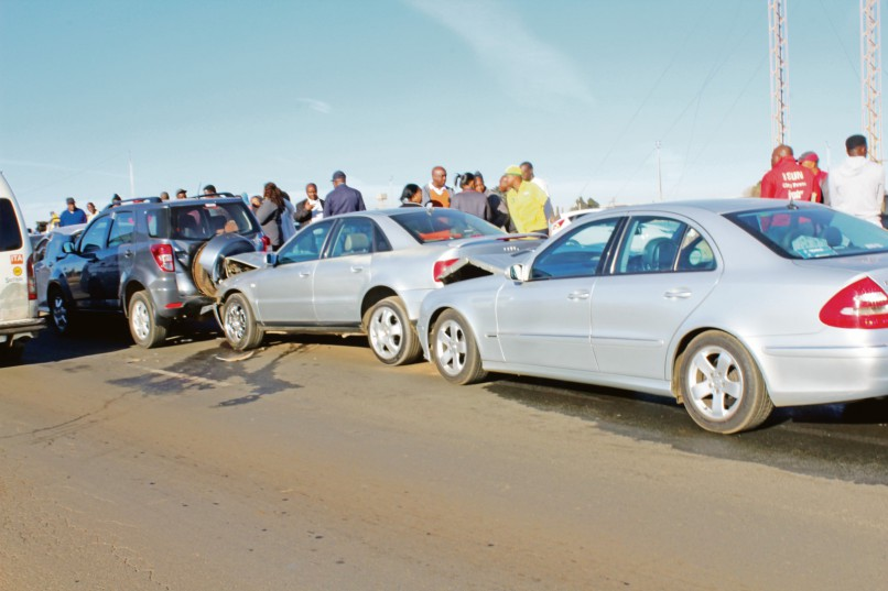 A seven car chain accident caused a traffic jam.