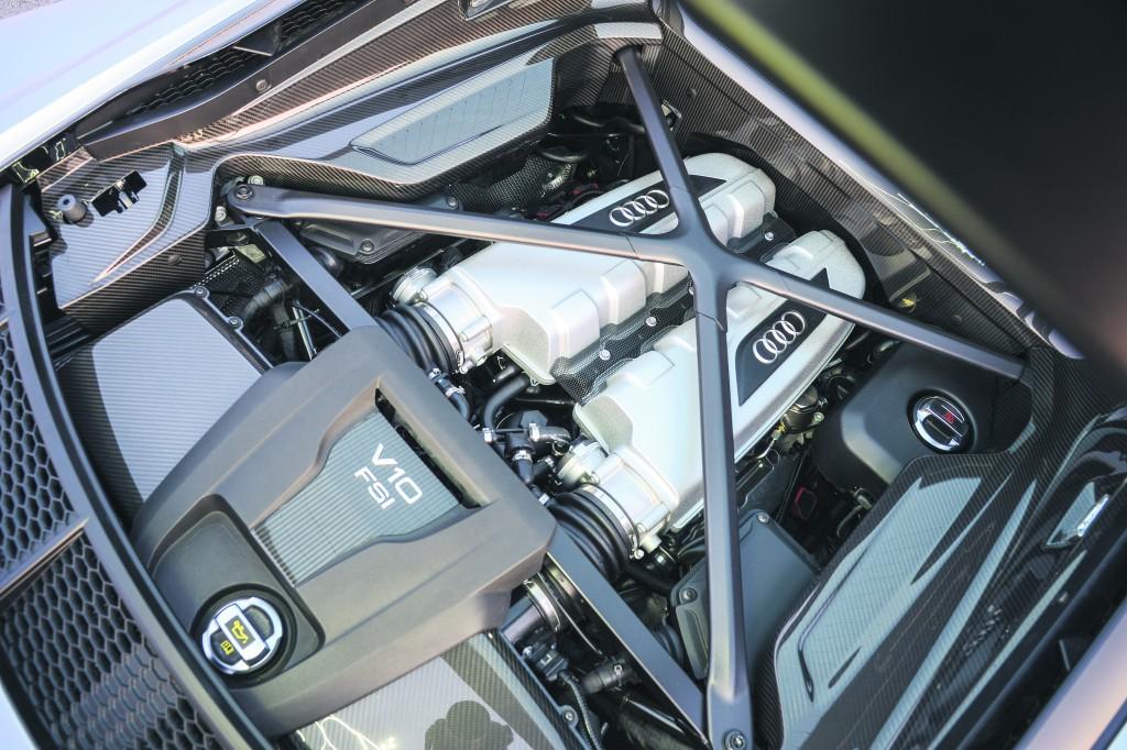 AudiR8 V10