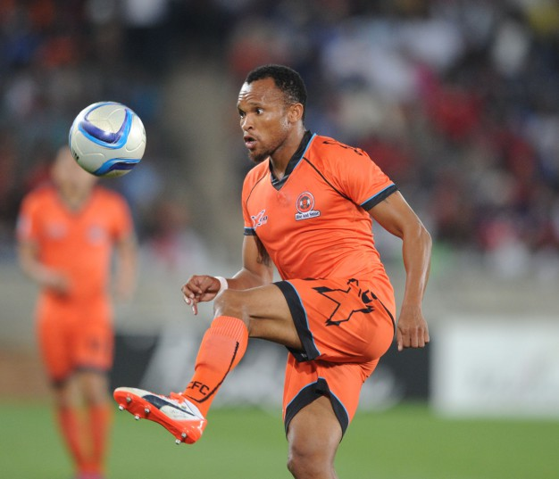 Punch Masenamela (Pic Sydney Mahlangu/ BackpagePix)