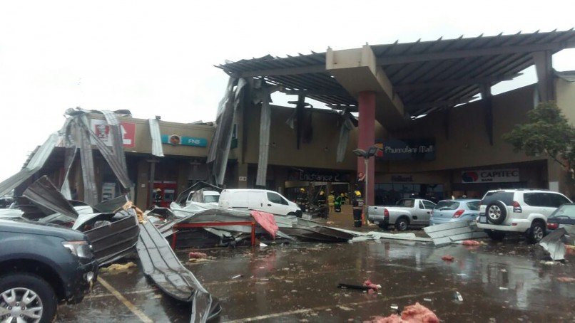 ER24 posted this image of the aftermath of the structural collapse in Tembisa on their blog. Photo: ER24
