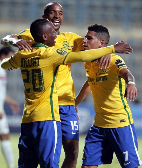 Sundowns player Khama Billiat (L)  celebrates with his team after scoring against Zamalek  during the African Champions League (CAF) group stage soccer match between Zamalek's and Sundowns at Petro Sport stadium in Cairo, Egypt, 17 July 2016.  EPA/KHALED ELFIQI