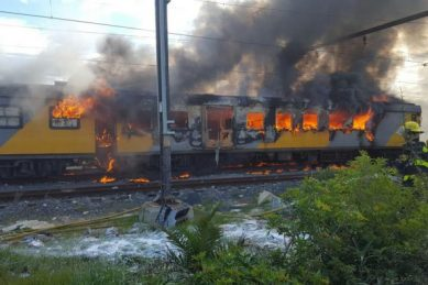 Another passenger train burns in Cape Town