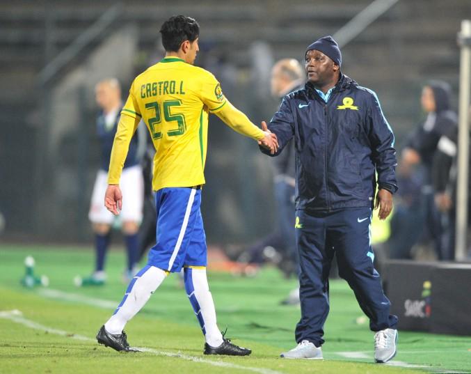 Leonardo Castro and Pitso Mosimane, coach of Mamelodi Sundowns (Samuel Shivambu/BackpagePix)