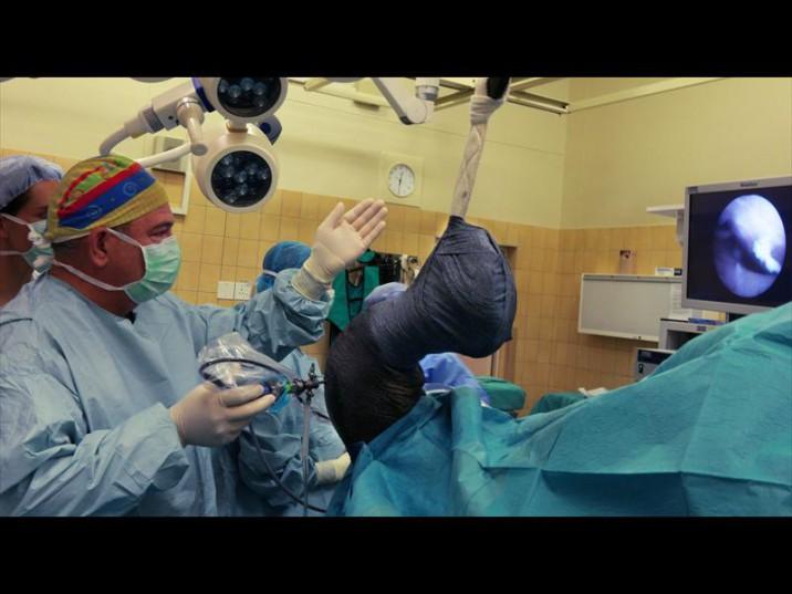 Dr Johan Marais operates on Pablo the rhino.