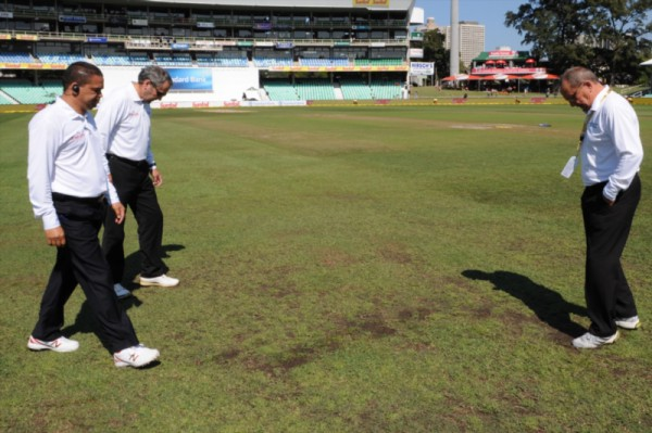 Play resumes on 2nd day of SA, NZ first test