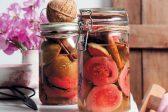 Recipe: Spiced preserved guavas