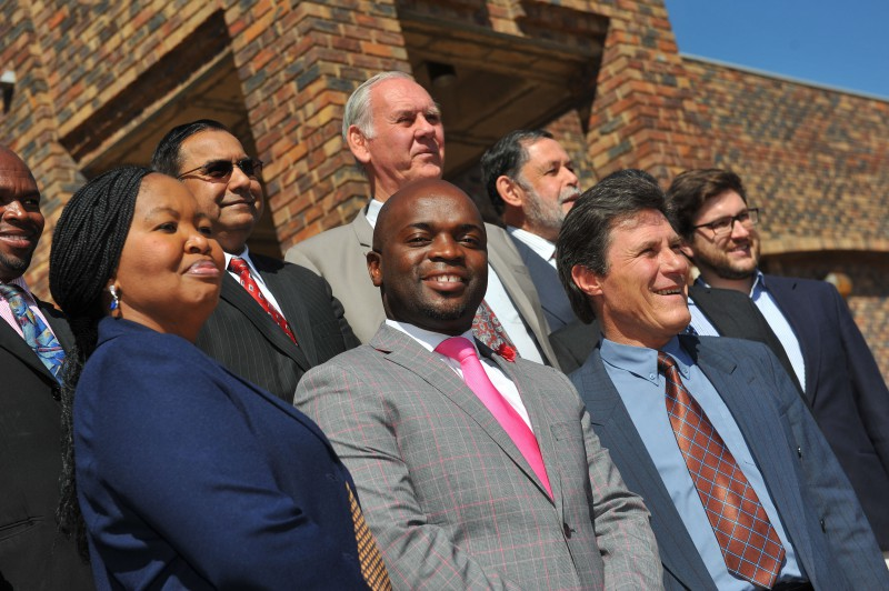 Tshwane Mayor Solly Msimanga (centre) poses with the Tshwane Speaker Katlego Matheba (front left) and Chief Whip Christian van den Heever (front right) alongside his other appointed Members of the Mayoral Council, 26 August 2016, at the Council Chambers in Centurion. Picture: Michel Bega
