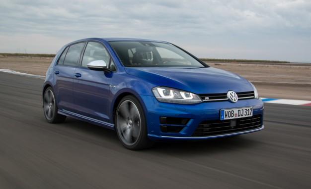 2015-Volkswagen-Golf-R-placement2-626x382
