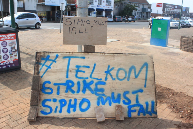 A sign outside the Empangeni Telkom offices referring to Telkom CEO Sipho Maseko.