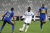 CAPE TOWN, SOUTH AFRICA - SEPTEMBER 17: Gabadihno Mhango of Wits during the MTN 8 Semi Final, 2nd Leg match between Cape Town City FC and Bidvest Wits at Cape Town Stadium on September 17, 2016 in Cape Town, South Africa. (Photo by Carl Fourie/Gallo Images)