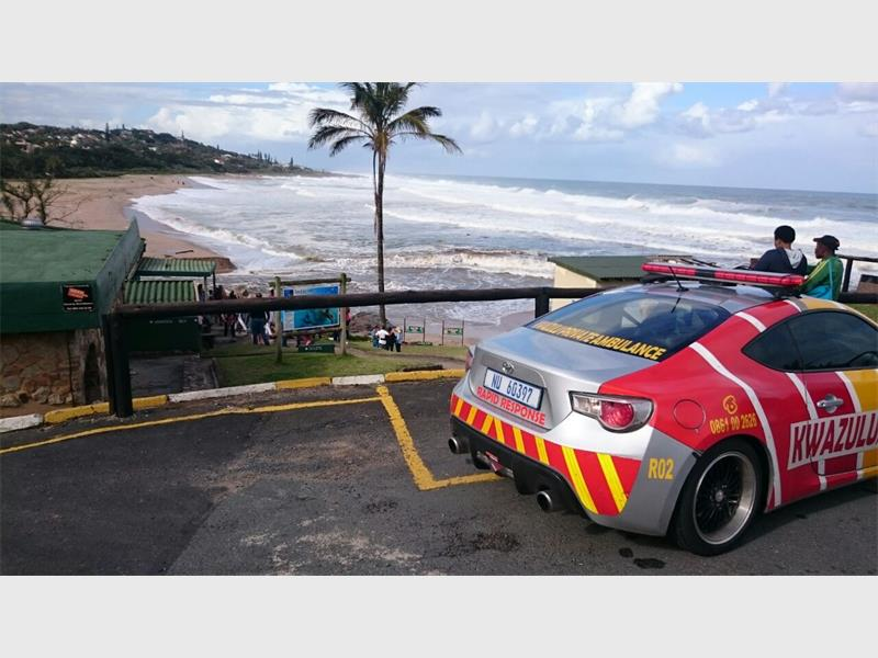 A woman (24) has drowned at Southbroom main beach. Picture: Kwazulu Private Ambulance.