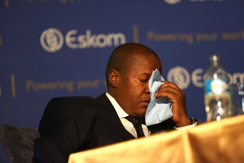 """Brian Molefe breaks down while talking about his relationship with the Guptas during a media conference where Eskom released its interim financial results on November 03, 2016 in Johannesburg, South Africa. Molefe defended Eskom's deal with Tegeta, a Gupta owned company, saying that allegations levelled against him in Thuli Madonsela's """"state capture"""" report are unfounded. Picture: Gallo Images"""
