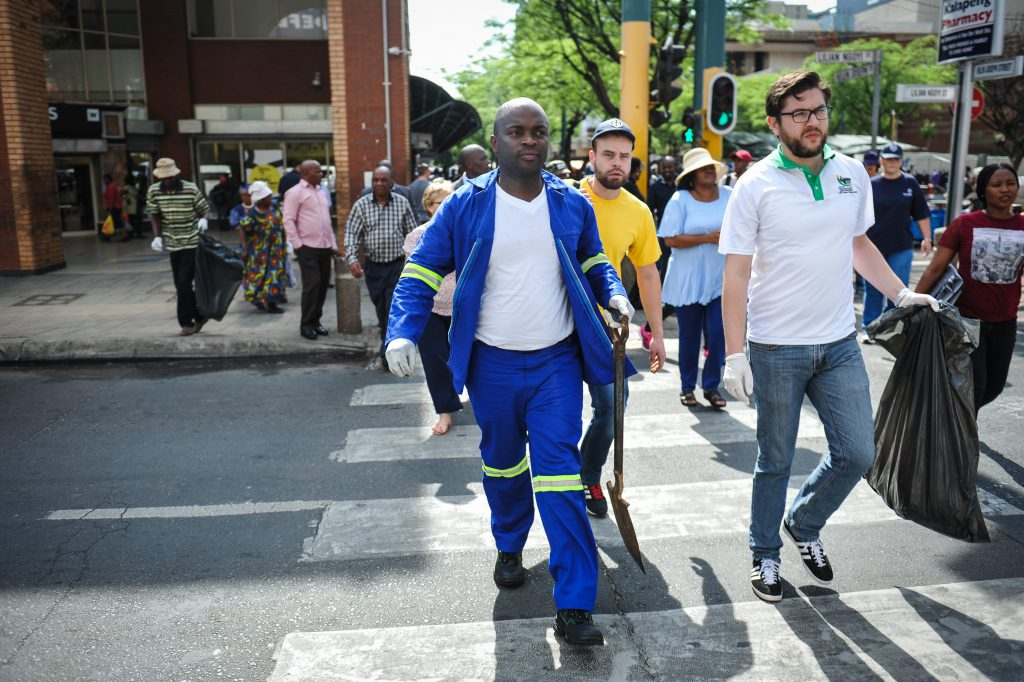 Tshwane Mayor, Solly Msimanga is seen cleaning up the mess left in the city after the day before's EFF protest, 3 November 2016, Pretoria. Picture: Jacques Nelles