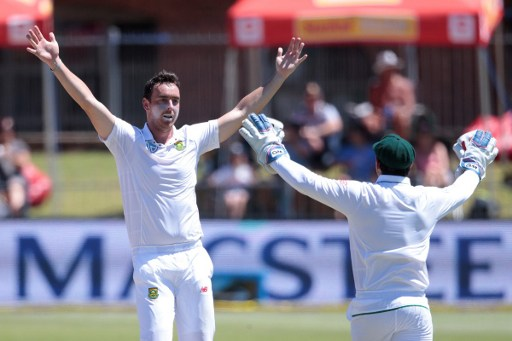 Kyle Abbott, the unsung hero of the Proteas attack, took the crucial wickets of Angelo Mathews and Dhananjaya de Silva. Photo: Gianluigi Guercia/AFP.