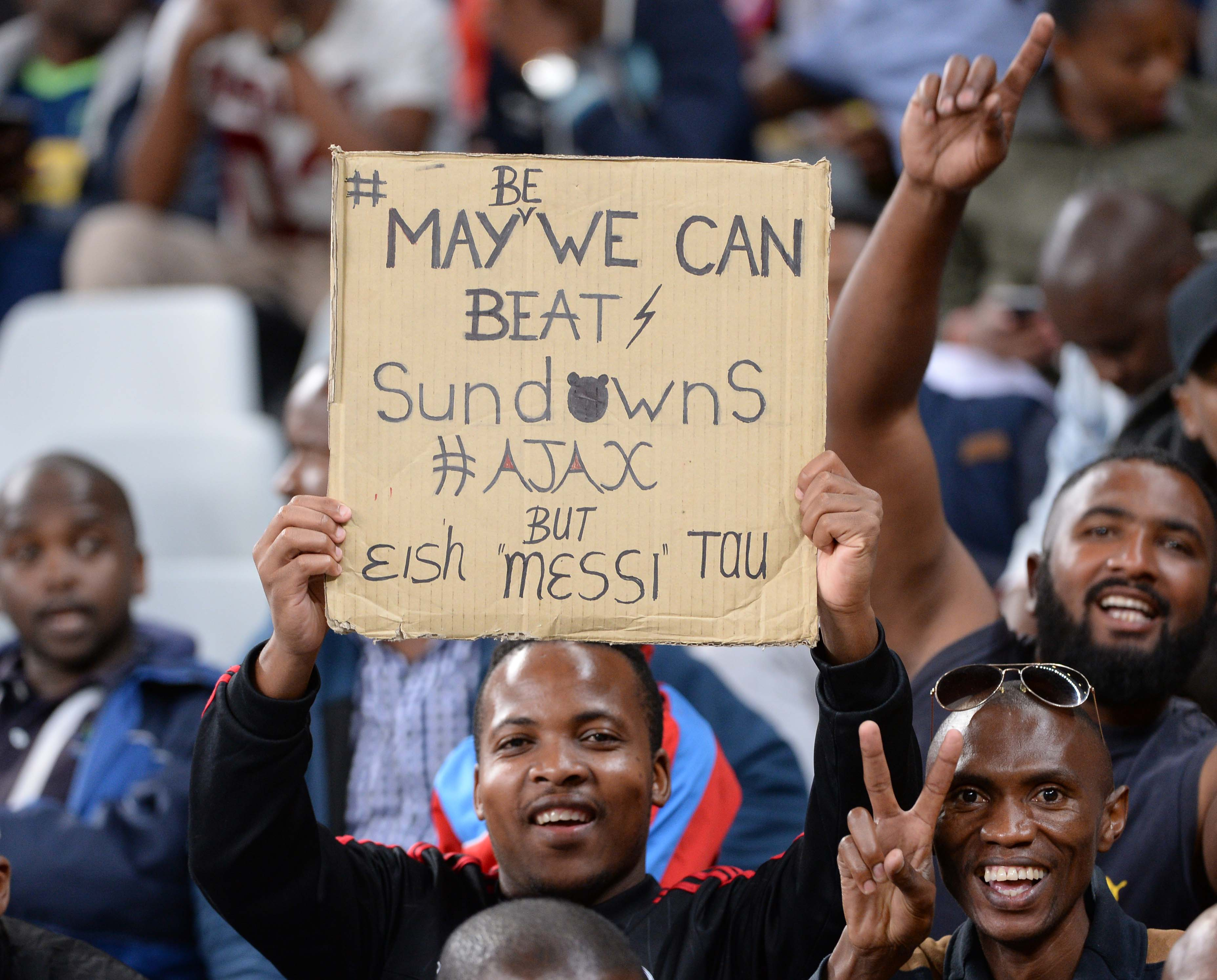 CAPE TOWN, SOUTH AFRICA - NOVEMBER 30:  Fans during the the Absa Premiership match between Ajax Cape Town and Mamelodi Sundowns at Cape Town Stadium on November 30, 2016 in Cape Town, South Africa. (Photo by Thinus Maritz/Gallo Images)