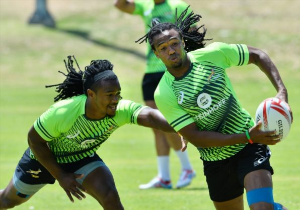 Branco du Preez (left) tries to grab Cecil Afrika during a Blitzbok training session in Cape Town on Tuesday. Photo: Ashley Vlotman/Gallo Images.