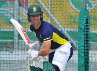 AB de Villiers won't be a T20 opener at Newlands