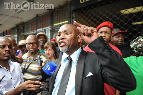 Kenny Motsamai talks to members of the media after his release, 11 January 2017, outside the Boksburg Correctional Services on East of Johannesburg, where they waited for the release of Kenny Motsamai who was arrested 27 years ago. Picture: Alaister Russell