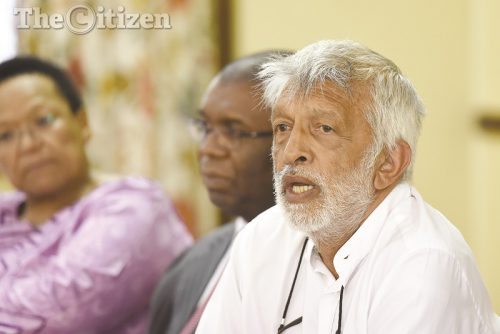 Faizel Randera speaks during a press conference by ANC stalwarts held at the Anglican church in Parktown, 10 January 2017. Picture - Neil McCartney