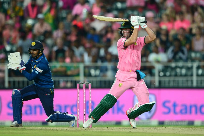 AB de Villiers never disappoints in pink. Photo: Lee Warren/Gallo Images.