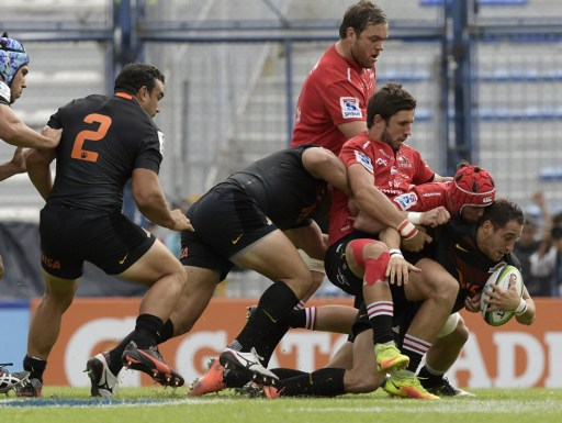 What's up with South African sides' inconsistent tackling in Super Rugby to date? Photo: Juan Mabromata/AFP.