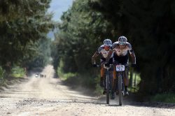 Sauser and Kulhavy dominate shortened Cape Epic stage