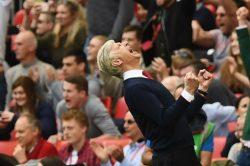 Wenger relief as spirited Arsenal keep critics at bay