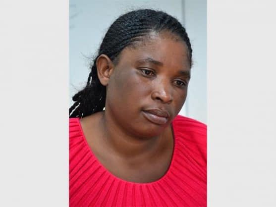 Ms Flater Tshuma, a Zimbabwean jobseeker, believes she was conned out of R900, her phone and passport after being contacted by a woman who offered her a job.