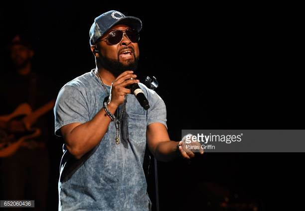 ATLANTA, GA - MARCH 10: Singer Musiq Soulchild performs in concert at 'NuSoul Revival Tour' at Fox Theater on March 10, 2017 in Atlanta, Georgia. (Photo by Paras Griffin/Getty Images)
