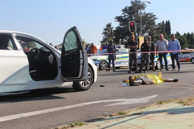 One suspect was shot dead this morning in an attempted hijacking. Photos: Sonwabile Antonie