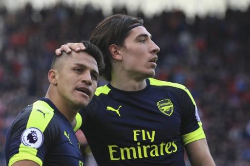 Bellerin backs Arsenal to make final push