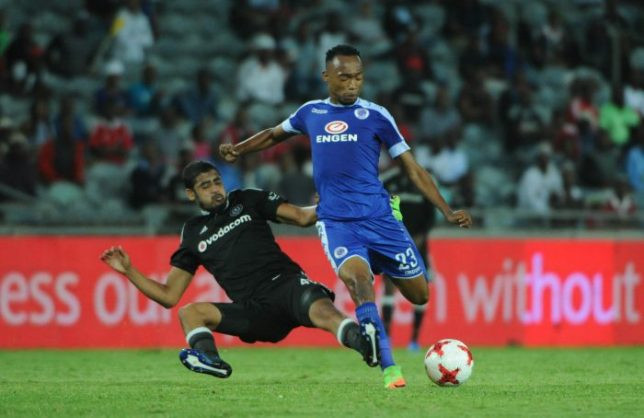 Thabo Mnyamane of Supersport United is tackled by Abbubakar Mobara of Orlando Pirates (Sydney Mahlangu/BackpagePix)