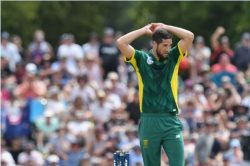 Roasted! Bantu Holomisa puzzled by Proteas still picking Parnell