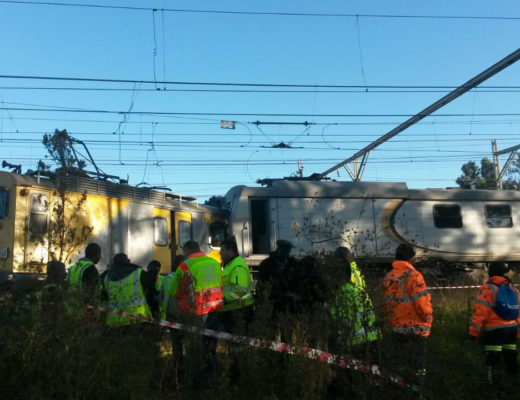 DA wants answers from Metrorail about railway line safety