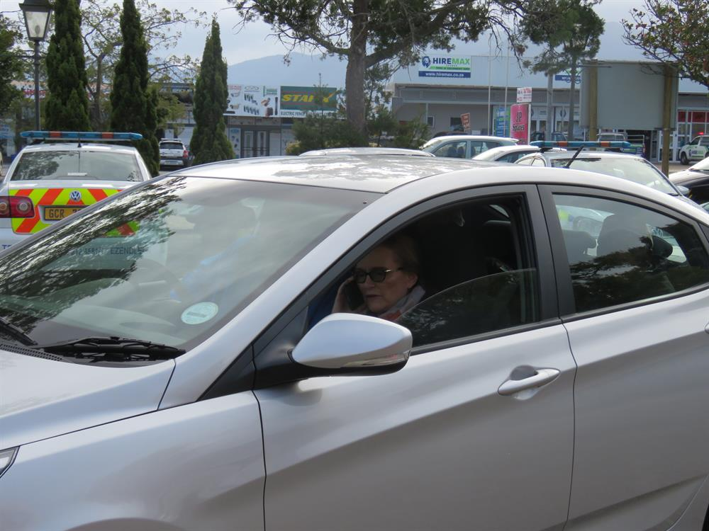 Helen Zille leaving the JOC heading to Knysna this afternoon. Picture: Zolani Sinxo