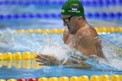 Cameron van der Burgh shatters own national record