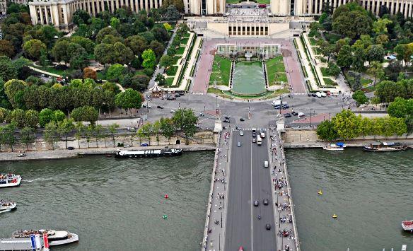 Paris. Google maps