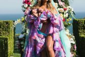 Beyonce shows off her adorable twins