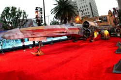 The hype reawakens: 'Star Wars' stages 'Last Jedi' premiere