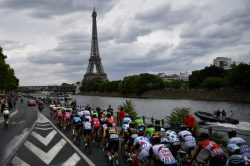 Paris tourism alive and kicking again after terror doldrums