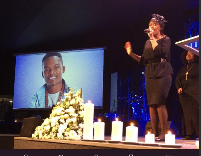 Simphiwe Ngema sings at Dumi Masilela's memorial service. Picture: Twitter